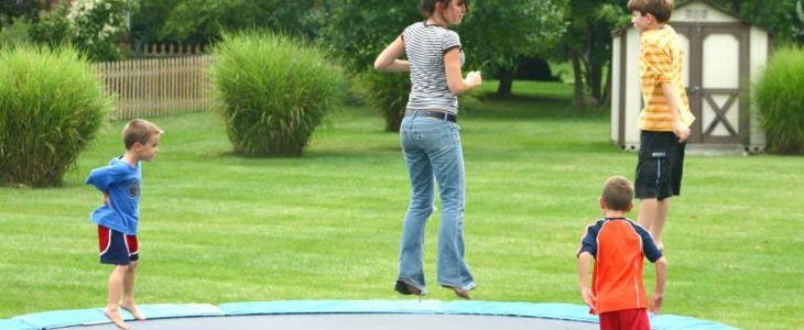 what size trampoline to get