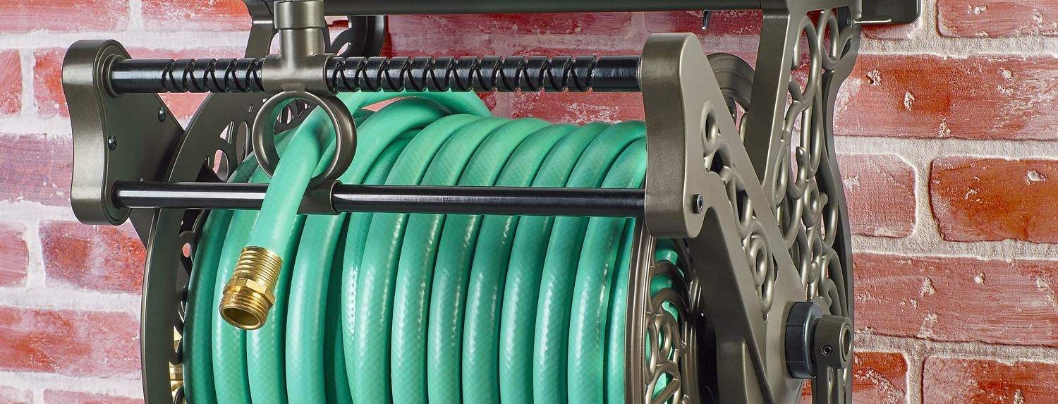 garden hose reel with metal fittings